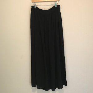 BR  black maxi skirt